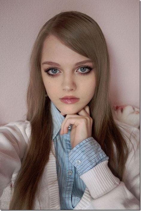 عکس های زیباترین دختر 16 ساله جهان معروف به باربی