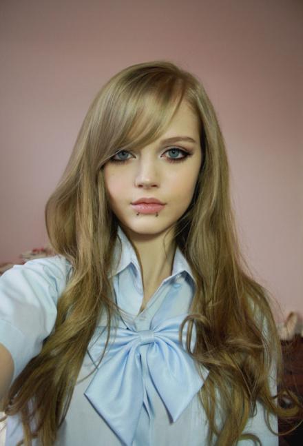 عکس باربی دختر زیبای 16 ساله