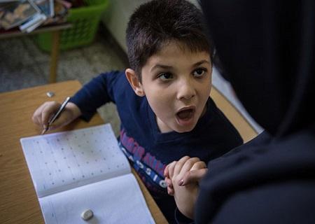 بیماری اوتیسم در کودکان|نشانه های اوتیسم و علت آن
