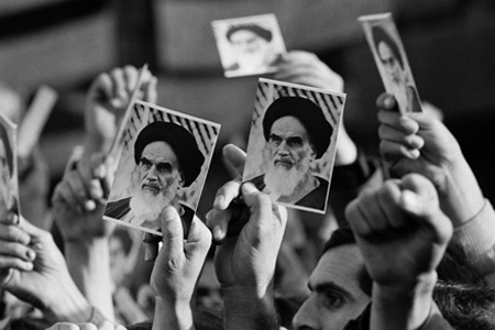 تقویم پیروزی انقلاب | 12 بهمن 1357 تا 22 بهمن 1357