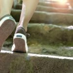 چگونه میتوانیم با پیاده روی وزن خود را کمتر کنیم؟