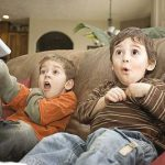 تاثیر فیلم های نامناسب بر روحیه کودکان