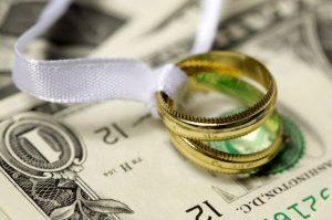 صحبت کردن درباره مسایل مالی قبل از ازدواج