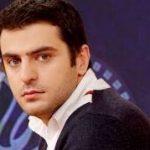 لباس علی ضیاء در واکنش به حادثه پلاسکو