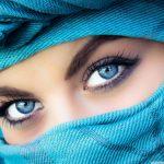 علت اصلی رنگ آبی در چشم انسان چیست؟