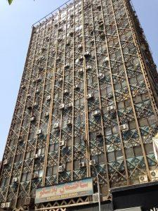 """پایان عمر """"ساختمان پلاسکو"""" قدیمی ترین برج تجاری تهران + تصاویر آتش گرفتن و تخریب ساختمان"""