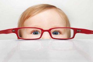 تنبلی چشم کودکان و راه های درمان
