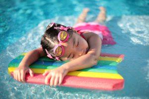 توصیه های بهداشتی به بانوان شناگر