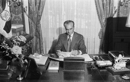 محمدرضا شاه در ماههای آخر سلطنت