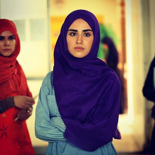هانیه غلامی بازیگر سریال آرام میگیریم