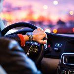 عادت های غلط در رانندگی که موجب آسیب رساندن به خودروی شما می شود