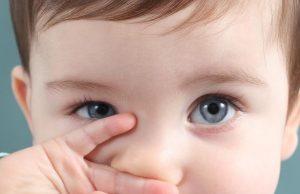 مراحل رشد بینایی کودک پس از تولد + تصاویر