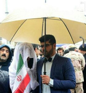 حضور عروس و داماد در راهپیمایی ۲۲ بهمن + عکس