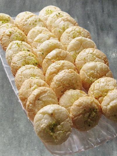 شیرینی پفک نارگیلی , شیرینی عید