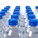 زنان باردار از بطری پلاستیکی آب ننوشند