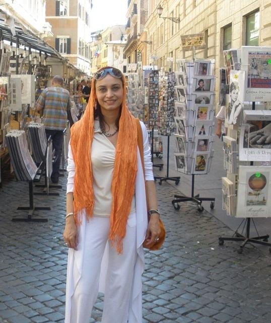 تیپ جنجالی مریم کاویانی در خارج از کشور + عکس