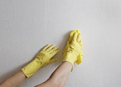 از بین بردن لکه دوده از روی دیوار