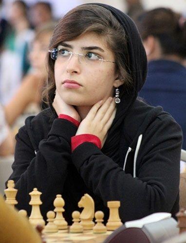 کشف حجاب شطرنج باز ایرانی، درسا درخشانی