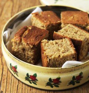 طرز تهیه کیک صبحانه تابه ای