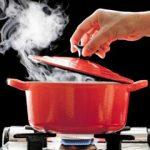 ترفند های از بین بردن بوی غذا درون خانه