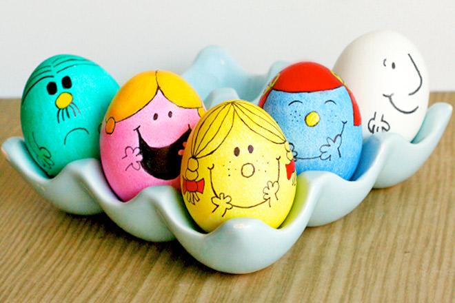 رنگ آمیزی تخم مرغ برای عید نوروز