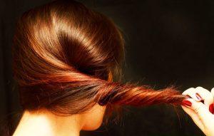چه خوراکی هایی برای سلامت مو مفید هستند؟ + عکس