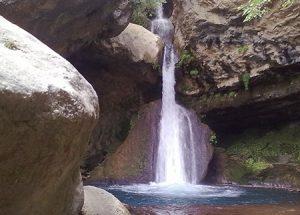 آبشار «تنگ تامرادی» مکانی زیبا در استان کهگیلویه و بویراحمد + عکس