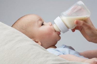 شیر خشک , تغذیه نوزاد