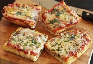 پیتزا خوشمزه و ساده با نان ساندویچی