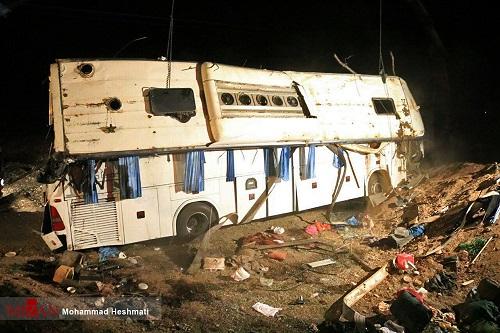 افزایش تعداد قربانیان واژگونی اتوبوس در سبزوار+اسامی مجروحان