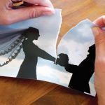 طلاق زوج عاشق با اشک و حسرت