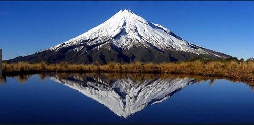 تصویر کوه تاراناکی در نیوزلند
