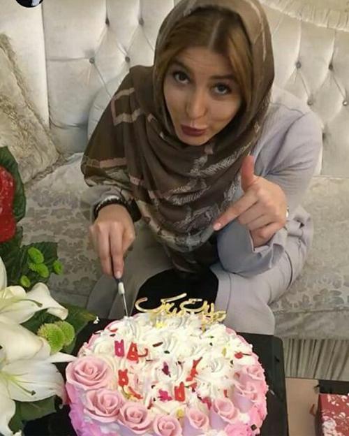 عکس جشن تولد فریبا نادری
