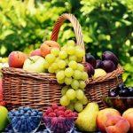 هرگز این میوه را با پوست نخورید