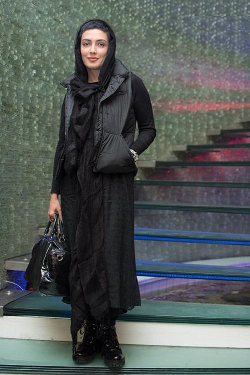 مدل مانتو لیلا زارع در اکران خصوصی «امتحان نهایی»