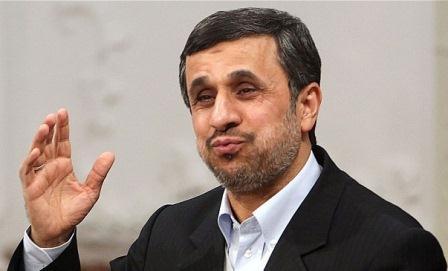 اظهارات عجیب احمدی نژاد: موهای من مشکی است و موهای ترامپ بور!