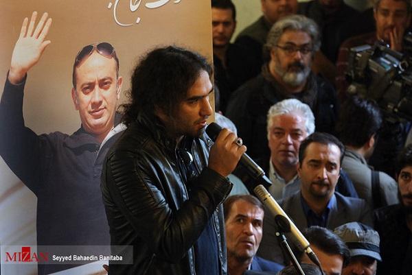 بازیگران در مراسم تشییع عارف لرستانی