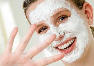 ۷ دستور العمل ساده برای تهیه ماسک ماست