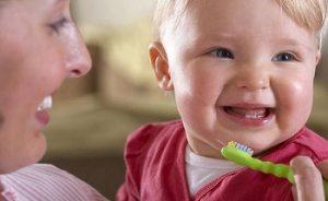 دلیل ایجاد پوسیدگی زودرس دندان در کودکان