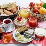 ۴ خاصیت شگفت انگیز و فوق العاده صبحانه خوردن