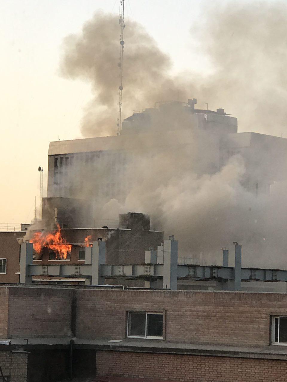 عکس آتشسوزی بیمارستان صدر تهران