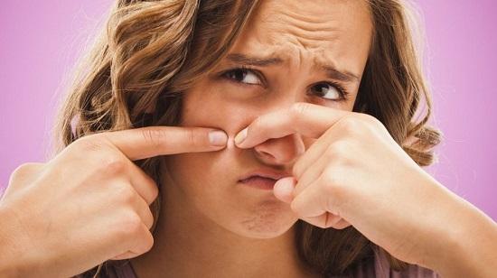 این عادات خطرناک برای سلامت پوست
