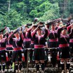 زنان در این قبیله حق کوتاه کردن موهای خود را ندارند+عکس