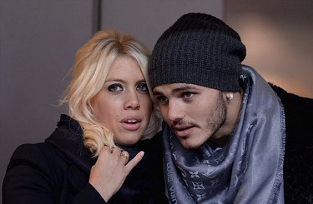 مائورو ایکاردی و همسرش