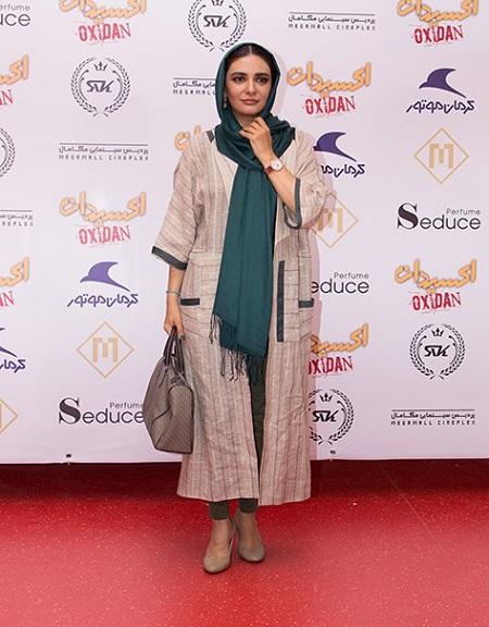 مدل مانتو لیندا کیانی در اکران فیلم اکسیدان