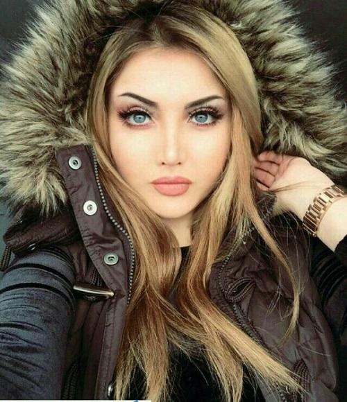 مدل ایرانی نهال سلطانی