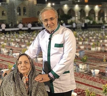 کاظم احمدزاده و مادرش