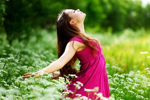 10 روشی که به شما کمک می کند از زندگی بیشتر لذت ببرید
