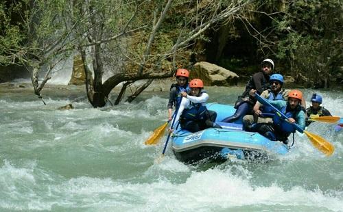 بازی های آبی و لذت بخش تابستانی در تهران
