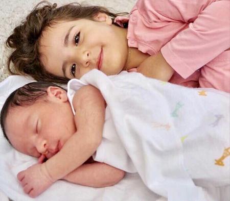 عکس جدید تیارا و ویانا دختران رضا صادقی